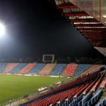 nocturna stadionul drept la replică